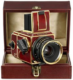 Hasselblad 500 Gold Supreme Limited-Edition I want it!