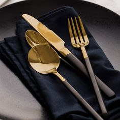Western Western Cutlery Set, Stainless Steel Knife And Fork Spoon Three-Piece Black Handle Small Golden Spoon Main Meal Forks Or Noir, Knife And Fork, Steak Knives, Stainless Steel Flatware, Dinnerware Sets, Flatware Set, Restaurant Recipes, Food Grade, Kitchens