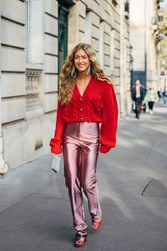 fall outfit inspiration The Best Street Style at Paris Fashion Week Spring 2020 Fashion Weeks, Fashion Week Paris, Fashion 2020, Look Fashion, Autumn Fashion, Classy Fashion, Tokyo Fashion, Christmas Fashion, India Fashion