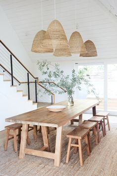 60 Easy Rustic Farmhouse Dining Room Makeover Ideas - Page 3 of 60 - Choti Decor Dining Room Design, Dining Room Furniture, Dining Area, Furniture Design, Rustic Furniture, Furniture Ideas, Farmhouse Furniture, White Furniture, Design Kitchen