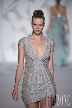 Abed Mahfouz - Couture - Fall-winter 2012-2013 - http://en.flip-zone.com/fashion/couture-1/independant-designers/abed-mahfouz-2982 - ©PixelFormula