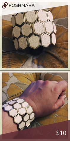 Honeycomb bracelet Super cute, honeycomb bracelet. Stretchy, so can fit a variety of wrists. Made from metal and cream, leather-like man-made materials. Great accessory to pop your fall outfits! Jewelry Bracelets