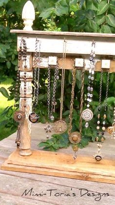 upcycle, recycle, repurpose, redesigned jewelry display from Junk Market Style… Craft Fair Displays, Market Displays, Store Displays, Display Ideas, Booth Ideas, Booth Displays, Jewellery Storage, Jewelry Organization, Jewellery Displays