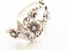 Vintage Sterling Flower Bouquet Ring size 7 by GrandVintageFinery