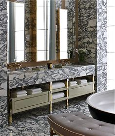 Heavily figured marble gold accents a triptych in mirrors above a beautiful double vanity a black enameled freestanding bathtub and a tufted contoured bench to match? This is what bathroom heaven looks like! Bathroom Interior, Home Interior, Interior Design, Design Bathroom, Bathroom Layout, Bad Inspiration, Bathroom Inspiration, Best Kitchen Design, Interior Minimalista