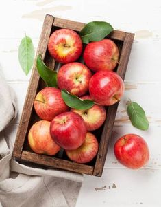 Ripe Red Apples In Wooden Box. Top View Stock Photo, Picture And Royalty Free Image. Apple Plant, Apple Fruit, Fruit And Veg, Red Apple, Fruits And Vegetables, Apple Picture, Apple Photo, Apples Photography, Food Photography