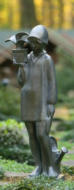 A replica of the original statue by Sylvia Shaw Judson, the beloved Little Gardener Statue was commissioned by First Lady Jackie Kennedy and still remains in the White House Sculpture Garden today.