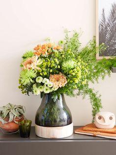 Die Chrysantheme ist eine der beliebtesten Schnittblumen. Wir inszenieren die…