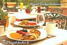 L'incroyable restaurant Laurent Foucher est connu comme l'endroit où l'expérience culinaire française contemporaine est préservée. La restauration toute l'année est servie avec élégance avec des plats qui tenteront toute sorte de visiteurs. Convient pour la soirée et les morsures précoces. http://laurent-foucher.fr/