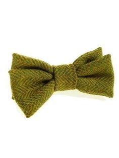 Donegal tweed bow tie green herringbone NEW - Tweedmans Vintage
