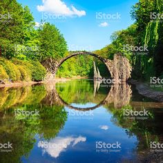 Bogenbrücke (Rakotzbrucke) in Kromlau, Deutschland Lizenzfreies stock-foto Arch Bridge, Germany, River, World, Outdoor, Homecoming, Inspiration, Image, Tattoos