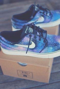 "Nike SB Stefan Janoski ""Galaxy"""