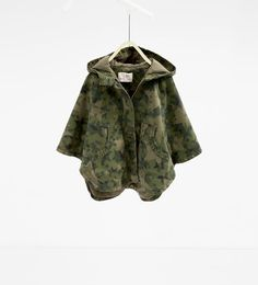 Image 2 of Star camouflage cape from Zara