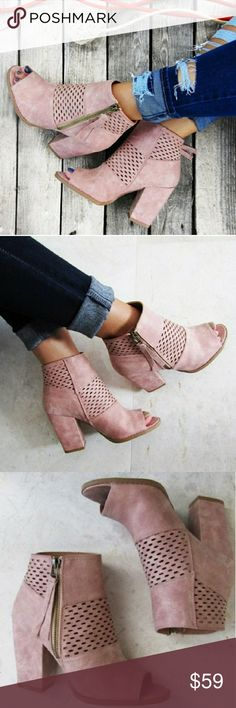 🆕️ DARLING Blush Peep Toe Laser Cut Booties ▫️NEW SPRING ARRIVAL! My new favorite and can be paired oh-so-easily. Features laser perforation cuts, side zipper closure, 3.5 inch block heel and peep toe style in a beautiful blush color.  ▫️Fits true to size ▫️Size 5.5-10 ▫️Will arrive *unboxed*, unless otherwise requested or noted. Bella Edge Shoes Ankle Boots & Booties