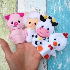 Beautiful gifts for babies and kids by BebitoStore Felt Puppets, Felt Finger Puppets, Puppet Toys, Baby Sewing Projects, Sewing For Kids, Felt Crafts Diy, Crafts For Kids, Finger Puppet Patterns, Felt Quiet Books