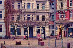 https://flic.kr/p/tnKn2v   Hambourg 386 Hein-Köllisch-Platz