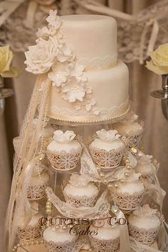 Wedding Cake Stand Ideas