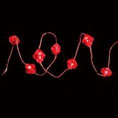 Martha Stewart Living - 27 DEL Guirlande de diamants perlée fonctionnant sur piles/rouge - BL07-3R009-A1 - Home Depot Canada     7.98$