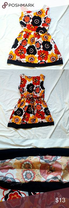 """Red Orange Black - Fit & Flare Dress - Pockets Handmade (Very well sewn!) Fit & Flare style with pockets! Great used condition! Just some light wear. I would say it is a size large. Measurements (No stretch) Chest 18"""" Waist 15"""" Full length 33.5"""" handmade Dresses"""