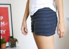 A Pair and A Spare DIYs: knitted shorts... I need to figure out how to knit properly