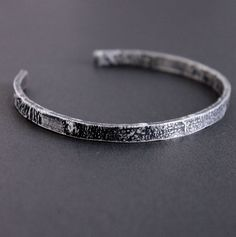 Sterling Silver Cuff, Silver Bracelets, Bracelets For Men, Cuff Bracelets, Silver Man, Leather Jewelry, Jewelry Making, Rustic, Detail