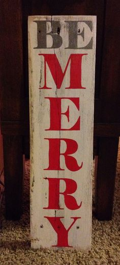 Be Merry painted pallet board sign
