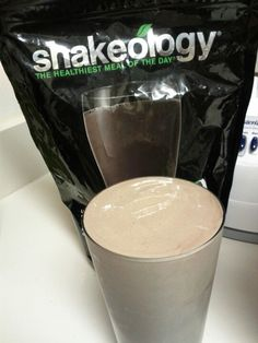 With frozen fruits and skim milk you get the thickest and yummiest chocolate milkshake, not to mention the healthiest!!