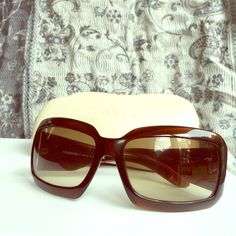 CHANEL Mother of Pearl Sunglasses Authentic CHANEL brown frame with CC Mother of Pearl sunglasses. Condition: Gently used, right lens has minor scratches. Left CC logo has a small crack. Sunglasses come with hard case, no pouch, booklet or box. Material is plastic, origin is from Italy. Date/Authenticity code: 5076-H c.538/13 61016 120. Hardware: Goldtone Lens: 100% UV protection light amber gradient tint.NO TRADE ❌NO PAYPALFIRM PRICE CHANEL Accessories Sunglasses