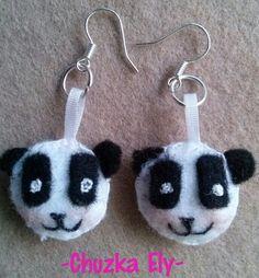 Pandas! Hechos de fieltro y bordados a mano.
