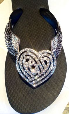 Wings of Love ~ Flipinista® The perfect Flipinista® to give your BFF!  Flipinista, Your BFF( best flip flop)®* Visit www.flipinista.com or call 313.399.2468 for information and pricing *flipinista is a registered trademark brand