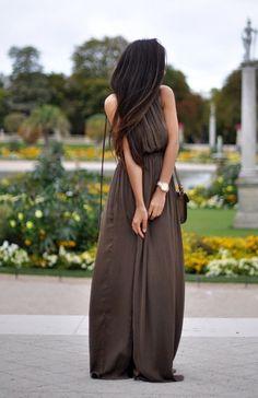 Flowy maxi dresses. #brown #taupe #maxidress #dress #summer #fall