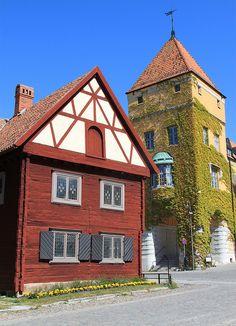 Visby by Ingeborg van Leeuwen on Flickr.