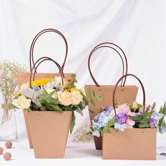 Kraft Paper Bags Flower Box with Handle Waterproof Bouquet Florist Gift Packing Box Valentine's Day Rose Boxes Party Decoration Paper Bag Flowers, Flower Bouquet Boxes, Single Flower Bouquet, Flower Box Gift, Gift Bouquet, Flower Bag, Small Bouquet, Paper Bags, Flower Packaging