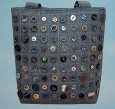 Button Handbag tote grey quilting---idea for samples buttons and perhaps forButton Handbag tote grey quilting - a way to use some of those thousands of button I have collected over the years.Purple lovebirds cushion with floral appliqued lovebirdsBlu Fabric Crafts, Sewing Crafts, Sewing Projects, Patchwork Bags, Quilted Bag, Button Art, Button Crafts, Bag Quilt, Craft Bags