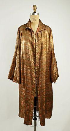 Evening coat (1924-25)