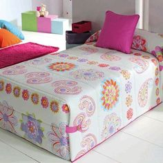 Mattress Covers, Bed Covers, Baby Room Decor, Bedroom Decor, Bed Cover Design, Designer Bed Sheets, Simple Bedroom Design, Double Bed Sheets, Dining Room Table Decor