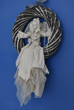 Paper Mache Mix, Paper Mache Projects, Reborn Toddler Dolls, Angel Crafts, Cement Crafts, Clay Ornaments, Art For Art Sake, Angel Art, Detail Art
