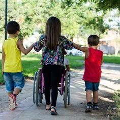 Ensine seus filhos a respeitar as crianças com necessidades especiais! #maisamorporfavor #respeito #criancasespeciais #vivaadiversidade #boatarde