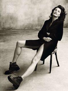 Linda Evangelista photographed by Norman Jean Roy for Vanity Fair Spain, September 2012. S)