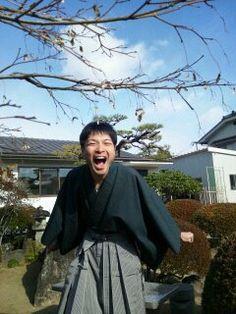 着物と袴で大笑いあーくん