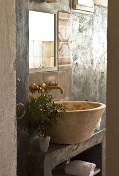 Tuscan inspired stone bathroom sink | natural tones