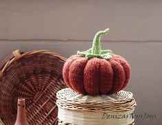 Thanksgiving knitting patterns: Big Pumpkin by DenizasToysJoys, download on LoveKnitting
