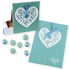Innbydelse og eske med papirhjerte i filigran Paper Hearts, Paper Mache, Filigree, Paper Texture, Adhesive, Greeting Cards, Invitations, Box, Papier Mache