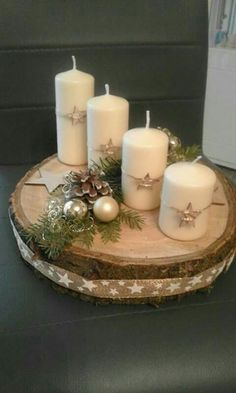 minutes simple christmas candles decoration 2 ~ my. Christmas Advent Wreath, Christmas Candle Decorations, Advent Candles, Christmas Candles, Rustic Christmas, Winter Christmas, Christmas Home, Advent Wreaths, Scandinavian Christmas