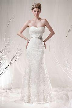 Wedding dress, lace lace lace.