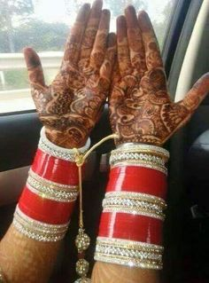 Beautiful Bridal Chura.  Whatsapp For Purchase : +91 9416307694 Punjabi Chura, Punjabi Bride, Wedding Chura, Desi Wedding, Big Fat Indian Wedding, Indian Bridal, Bridal Bangles, Bridal Jewelry, Bridal Chuda