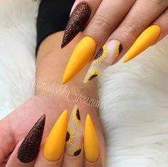 Art False Nails French Manicure Matte Full Cover Medium Nail Art Tips - Cute Nails Club Yellow Nails Design, Yellow Nail Art, Glitter Nails, Fun Nails, Stelleto Nails, Nails 2016, Nail Nail, Coffin Nails, Nail Polish