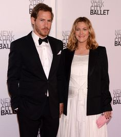 Baby Bump Drew Barrymore Red Carpet