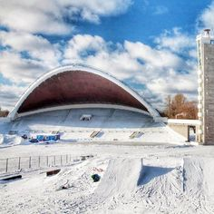 #reveltonestoniaholiday If you visit Tallinn in winter⛄️, you will never regret of making this trip, for you can find real winter adventures in Estonia.😍 In the very center of the Singing Field (just a 7-minute drive from the center of T