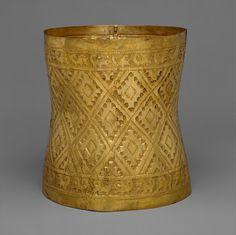 Crown; 10th-11th c CE; Peru; Culture: Sicán (Lambayeque); Medium: Gold